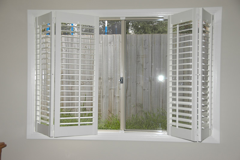 Wood blinds vs plantation shutters vs ???